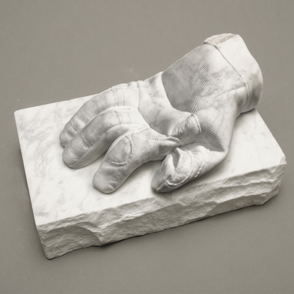 Thermal Glove, marble, 5 x 8 x 11 in.
